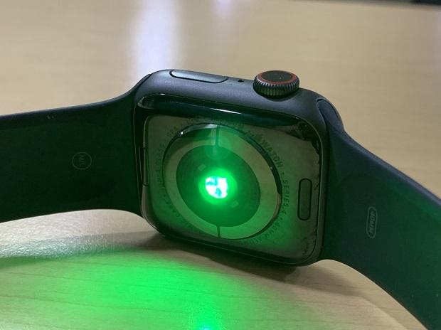 AppleWatchGreenLight